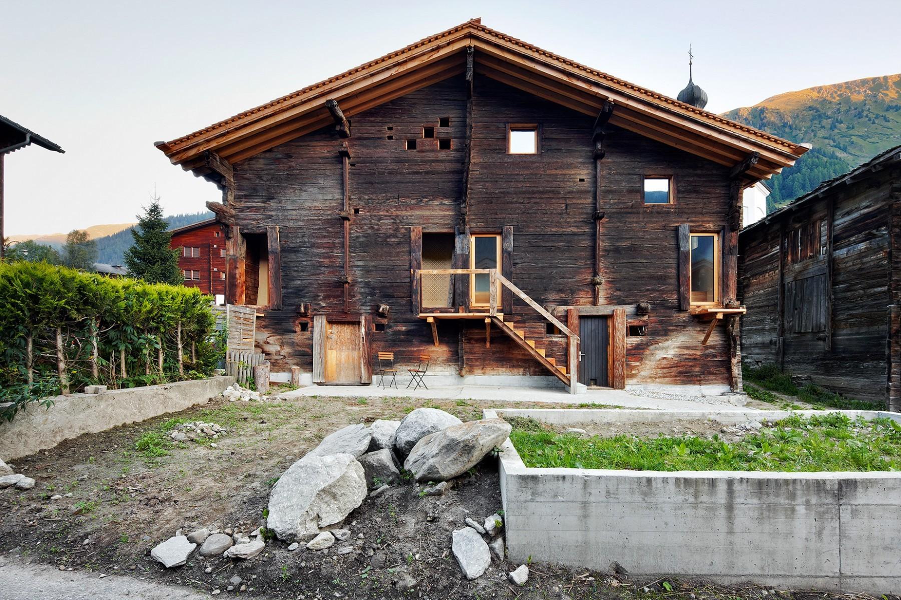 Casa C Reckingen – Gartenansicht