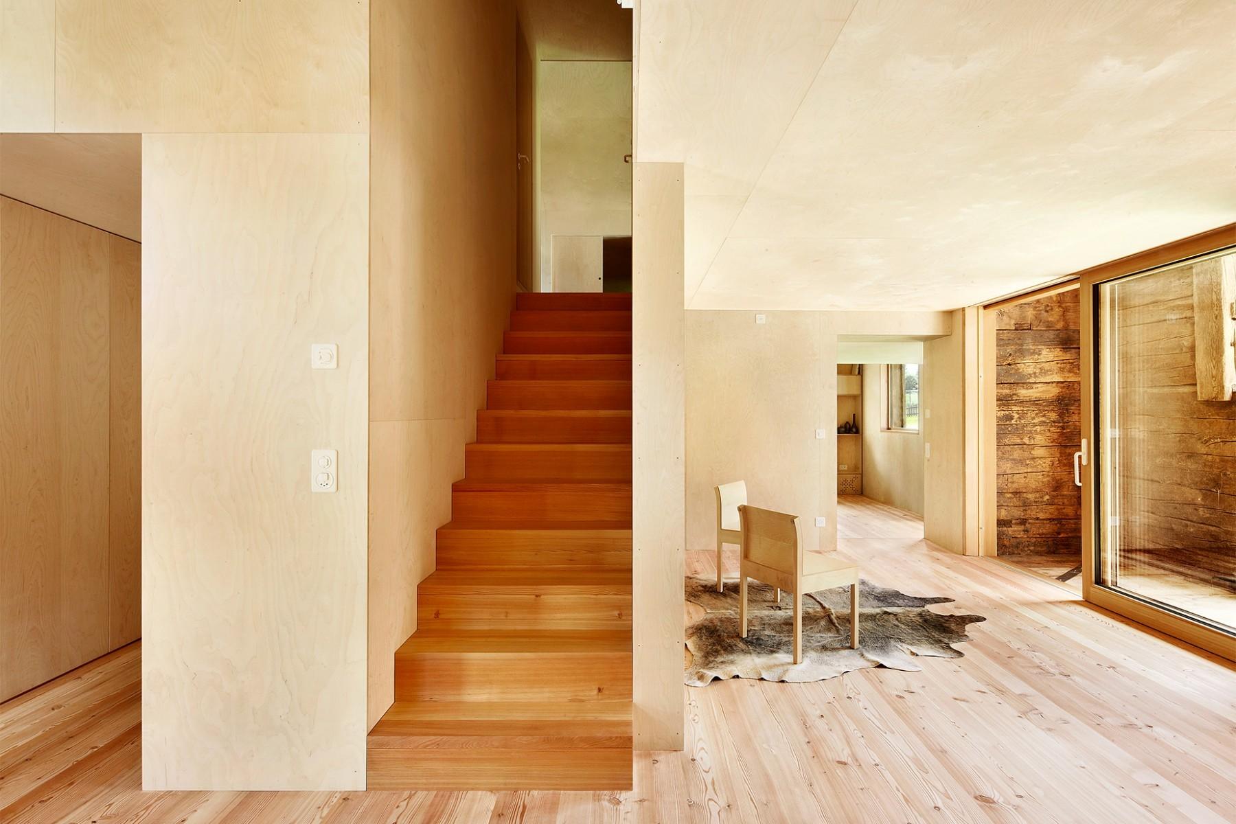 Casa C Reckingen – Wohnbereich – Treppe