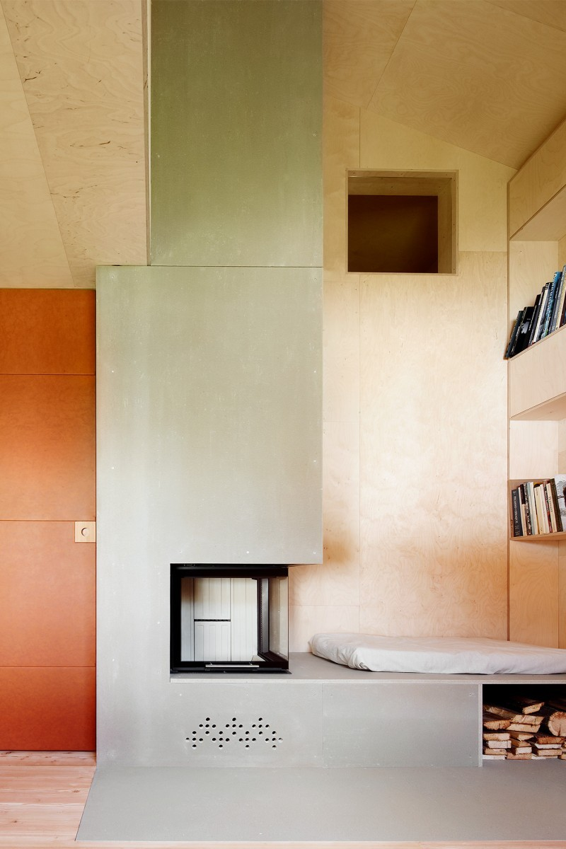 Casa C Reckingen – Cheminée – Bibliothek