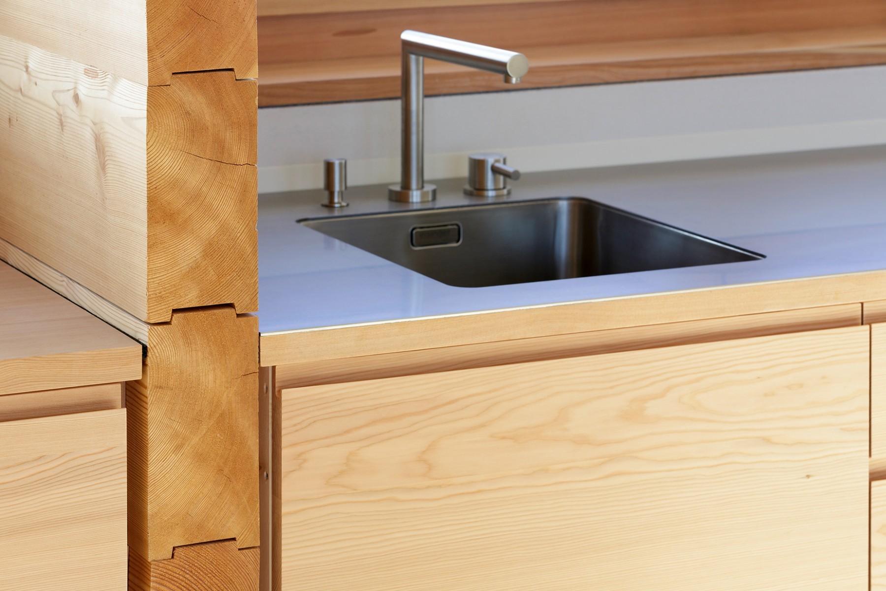 Atelierhaus Reckingen - Küche – Abwaschbecken