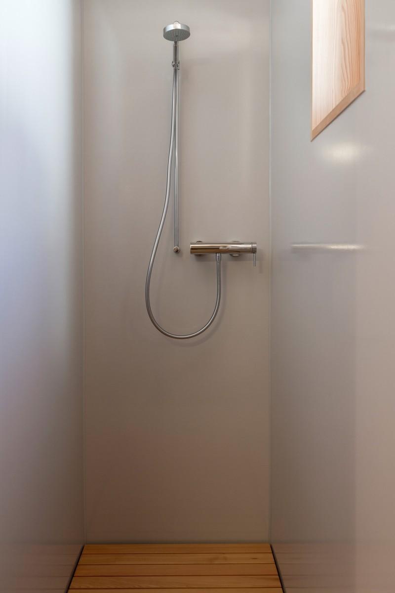 Atelierhaus Reckingen - Dusche