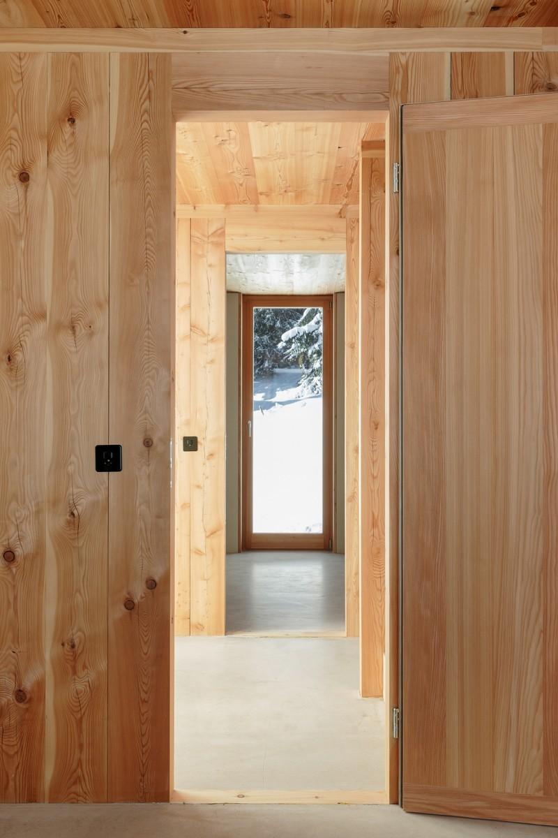 Atelierhaus Reckingen – Durchgang